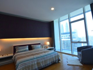 Experience Heart of KLCC at Affordable 2BR Suites, Kuala Lumpur