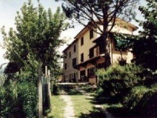 Casa Vacanza con piscina - Pescia-->> Vellano