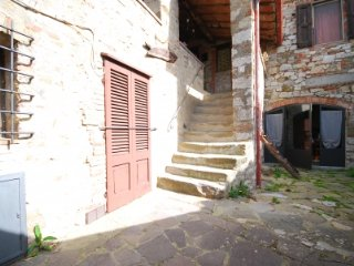BORGO CIGNANO apartment in Tuscany VERANDA 1