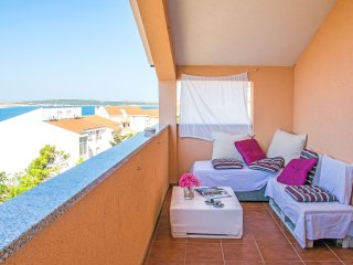 BEAUTIFUL NEW APARTMENT: Rental- NOVALJA