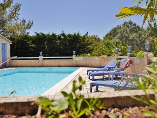 Gîte de charme dans maison avec piscine, Nimes