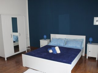 b&b la Cogoma camera blu