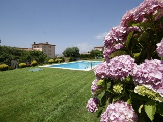House for 6 with communal pool and views almar, Sant Feliu de Guixols
