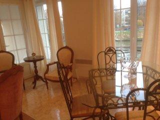Apartment Penthouse 3 chambres, living et terrasse, Pont-Sainte-Maxence