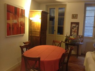 Bordeaux Hyper centre T3  Très calme 75 m2, Burdeos