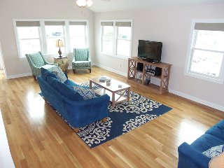 Semi-Oceanfront, Private Pool, NEW HOME NH-33, Nags Head