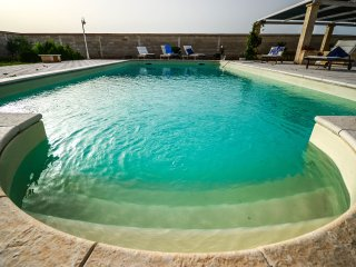 Morello - apartment in typical Apulian masseria with shared pool