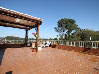 (Anton) Piso con terraza cerca de Playa de Liméns, Cangas Morrazo