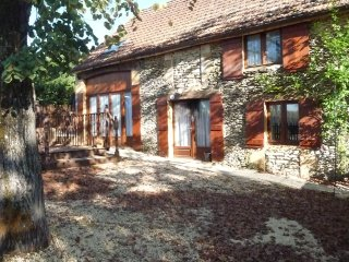 Nicotiana 4 Bed Barn in Sunny SW France for rent