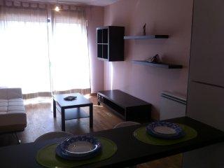 apartamento con piscina, Boiro