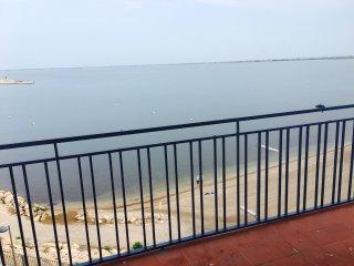 Primera linea / Beachfront, L'Ampolla