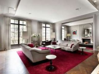 5 Star Renovated Apartment in The Prestigious District of Paris, Offering 5 Bedrooms, Parijs