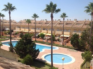 TOWNHOUSE FOR RENT IN EL PERELLONET BEACH VALENCIA, El Perello