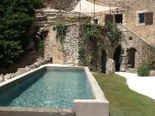 Panoramic view in Goult ! private pool & garden