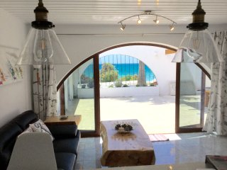 Beachfront apartment with private court yard, Pissouri