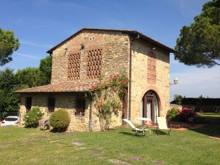 Experience a breathtaking barnhouse-8km to Firenze