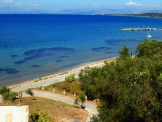 Sea View Beach Front quiet studio  (for 2-3 p) Free pick up on arrival, Agios Nikolaos