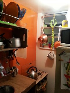 Kitchenete with medium Refrigerator, Micro Wave, Coffe Maker