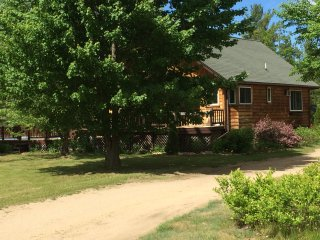 Cozy Adirondack apartment close to everything!, Au Sable Forks