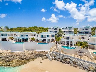 Villa Luna at Shore Point Cupecoy, Saint Maarten - Walk to Beach, Amazing Sunset View, Terres Basses