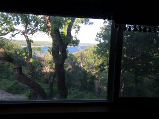Arbuckle Lake views,sleeps 13, near Turner Falls, Sulphur