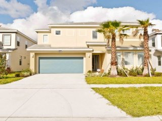 BRAND NEW  6 bed/7bath with pool,BELLA VIDA RESORT, Kissimmee