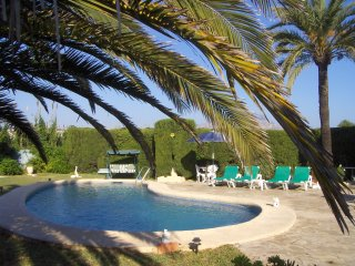 PRIVATE VILLA - OWN POOL - WIFI, Javea