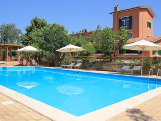 Large Country Villa Due Querce with Pool near Rome