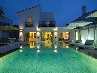 "Professional Hotelier's Boutique ""Villa Luxe"", Puerto Banus"