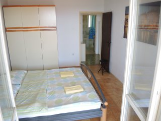MK1 Two Bedroom Apartment w/ Garden & Sea View, Portoroz