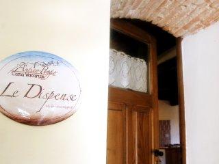 """Casa Vacanze in montagna e Lago appartamento """"Le Dispense"""" in antico borgo, Pescorocchiano"""