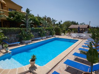 Private villa with poolside bar ( stocked for your arrival ), Poolside BBQ, Poolside TV Sports