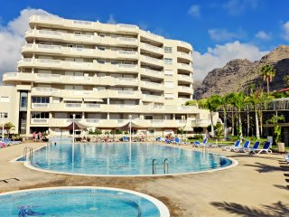 Luxury apartment 3 bdr. in Los Gigantes, Santiago del Teide