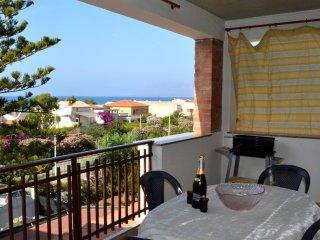 AL035 Appartamento 6 posti 200 metri spiaggia bbq