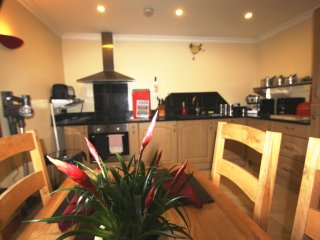 Aalin Thie Ground floor Apartment, Douglas