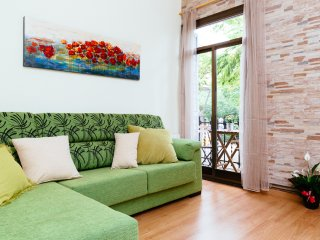 FLAT IN FRONT OF PLAZA SAGRADA FAMILIA, Barcelone