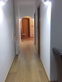 2 br luxury apartment in central Barcelona