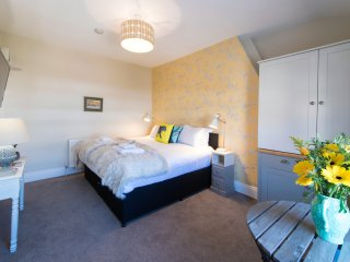Harrogate Central Suite 4