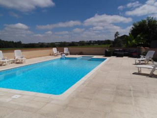 10 m x 5 m private pool
