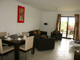 2 Bedroom Ground Floor Apartment - Melia Dunas, Santa María