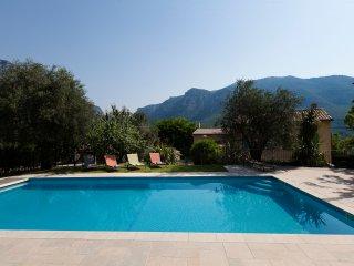 Superbe lit 5, 5 villa de bain - chauffage piscine privée, Le Bar-sur-Loup