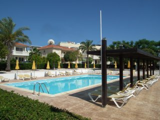 Near the beach 3 bedroom villa with communal pool, Pervolia