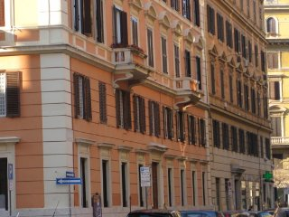 ROME 4 BLOCKS FROM THE VATICAN 3 BEDROOMS, Roma