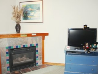 Hearthstone Lodge Village Ctr - HS228, Sun Peaks