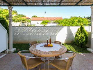 Apartments Miramare & Campara - Standard Studio with Terrace and Garden View