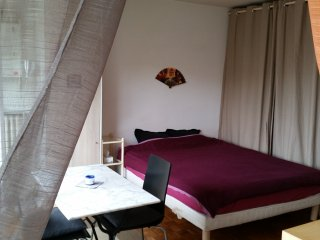 Calm Nice and Big Studio nearby Metro and Shops, Boulogne-Billancourt