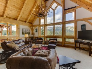 Exquisite in Town! - 4,800 Sf - Ten Peaks Lodge, Breckenridge