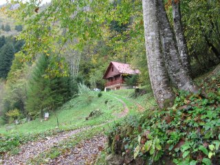River canyon panorama house - Kupa river, Croatia