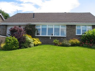 Beautifully appointed detached 2 bedroom bungalow, Disley