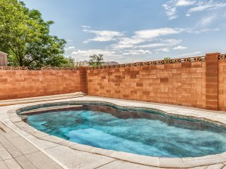 Private Pool 4BR 3BA Home Near Zion